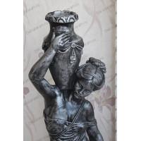 Статуя девушка с кувшином.  Полистоун. Под камень.